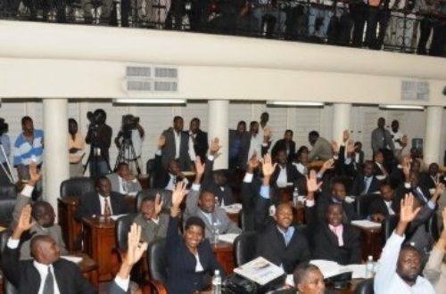 "Article : Les dessous de la ""Politi-Comique"" d'Haïti !"