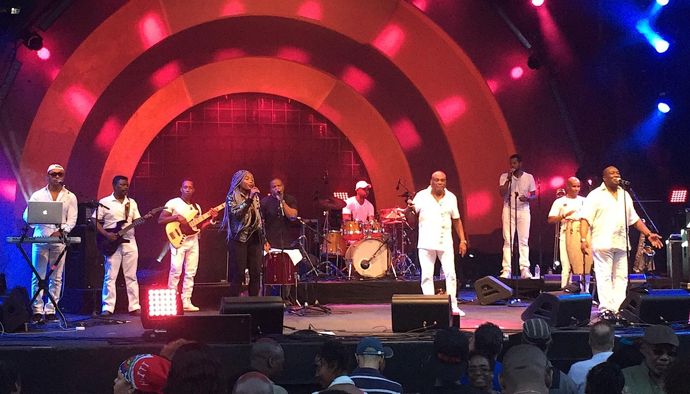 Tabou Combo sur scène (C)Osman