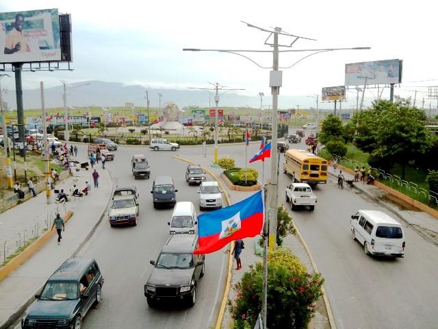 Route de l'aéroport, Port-au-Prince -Crédit photo : Osman Jérôme