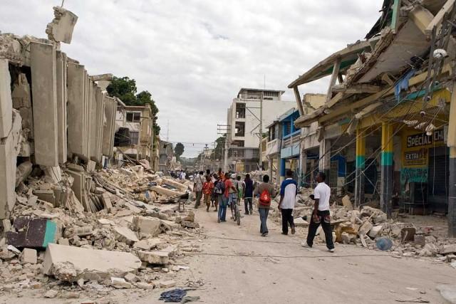 Dégâts causés par le séisme du 12 janvier 2010 à la capitale haïtienne : ONU/Logan Abassi © Le Nouvelliste