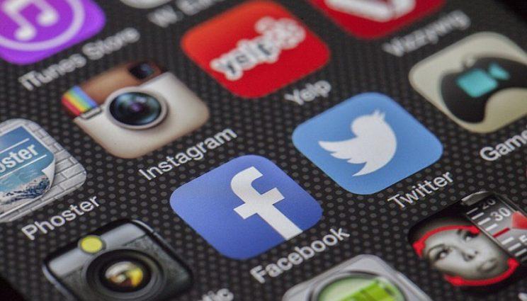 Réseaux sociaux (C) pixabay.com