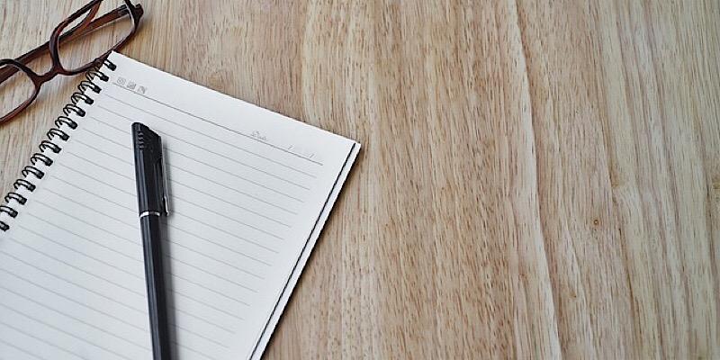 Ecrire à la main © pixabay.com