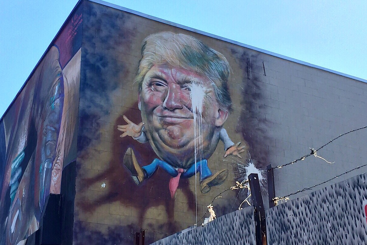 Fresque de Donald Trump (C) Osman